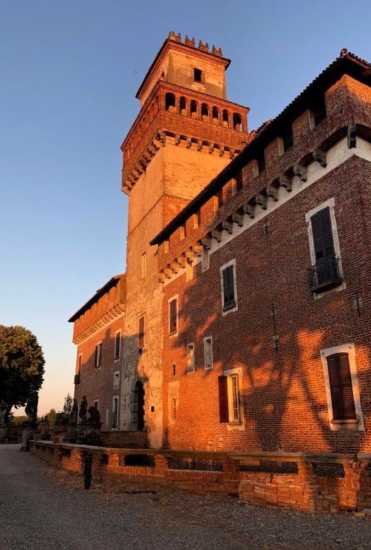 visite guidate la torre più grande del po castello di chignolo pavia